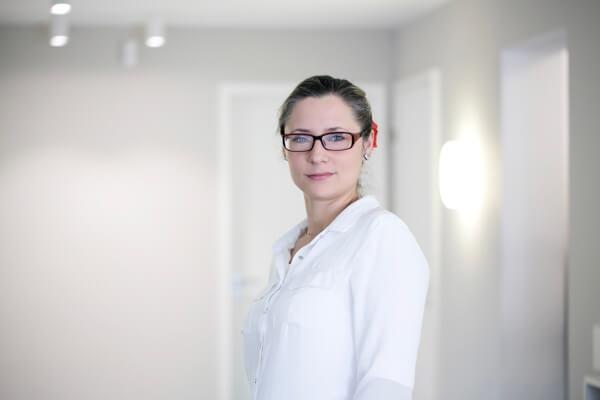 ZÄ Nina Harras